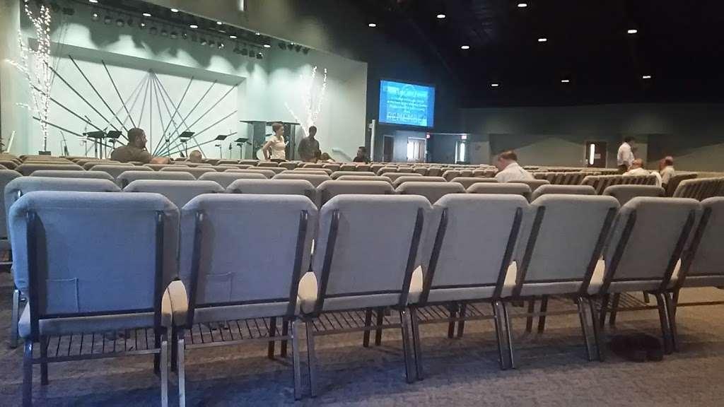 hopewell-christian-fellowship-inside